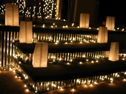 holiday-luminarias-1186432-640x480